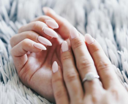 baby-pink-nail-design-art-picjumbo-com-1024x683